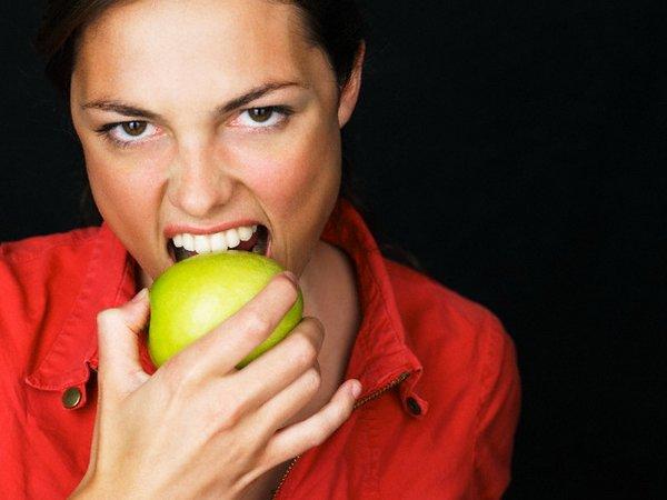 запах яблок изо рта