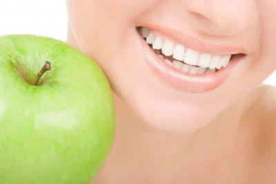 запах яблок изо рта у ребенка