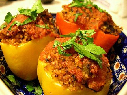 Рецепт фаршированного перца с мясом и рисом в духовке рецепт с пошагово