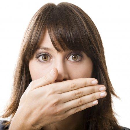 запах лекарства изо рта у взрослого